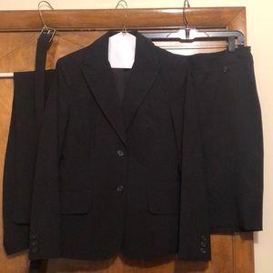 The Limited, Black, 3 piece suit, size 4, VGUC
